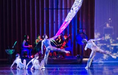 GO-Dancers